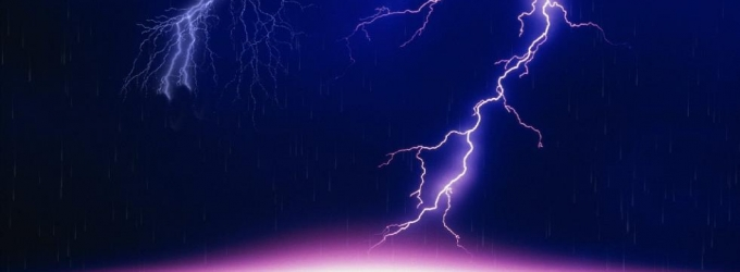 Lightning Bolt Screensaver